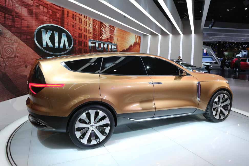 Kia_Cross_GT_2