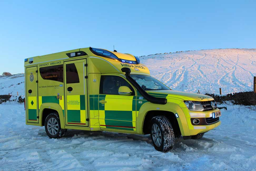 VW_Amarok_Ambulance_2
